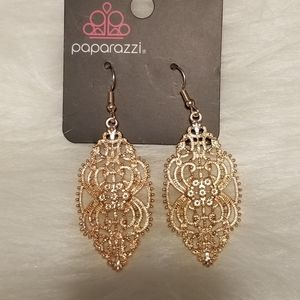 Nwt Rosegold  Design Earrings